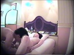《シロウト》病院の受付をしている娘とのエッチ、相手にはないしょ事で隠し撮り